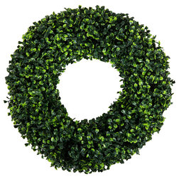 Traditional Wreaths And Garlands by Trademark Global