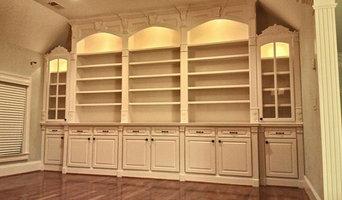 Family Room Bookshelves 2
