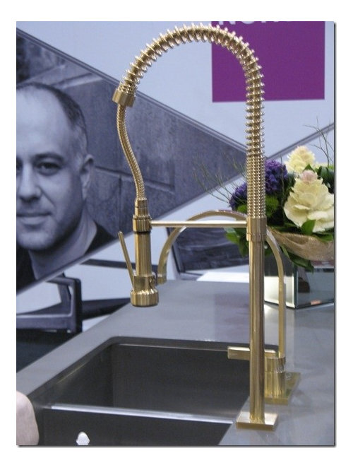 Who makes this faucet?