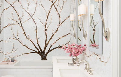 Room of the Day: A Year-Round Cherry Blossom Festival in the Bath