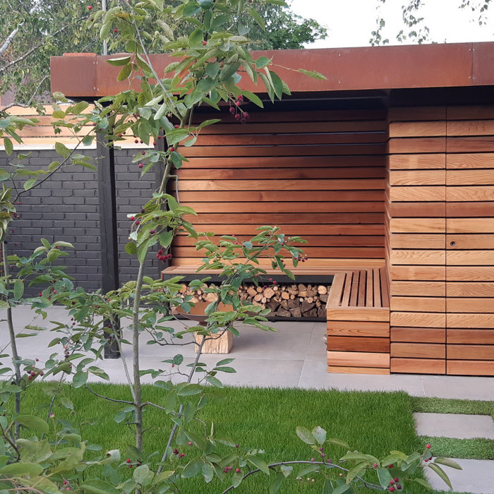 Bespoke shed and covered seating
