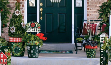 A Festive and Functional Entryway