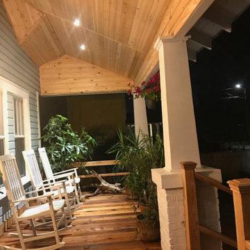 Hanna Bungalow Porch