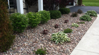 Mulch Replaced with Stone for Easy Maintenance