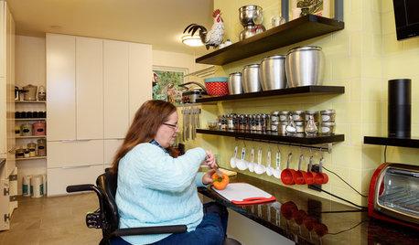 車椅子でもすべてに手が届くキッチン。料理が楽しくなるリノベーション