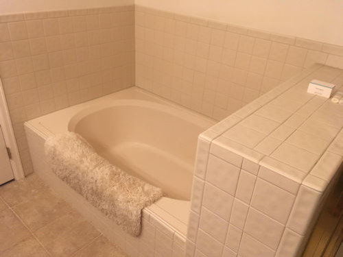 Deciding How To Fit Tub And Shower Along 9 Wall