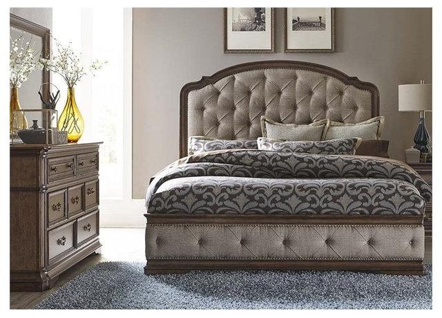 Amelia 3Piece Upholstered Bedroom Set Traditional Bedroom