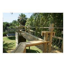 Rope Bridge and decks for treehouses by Treehouse Life