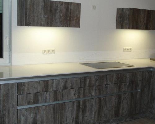 k che furniert dunkle front helle arbeitsplatte k che l form. Black Bedroom Furniture Sets. Home Design Ideas