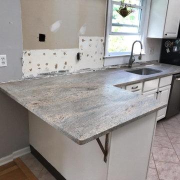 12186 - Cielo De Marfil Leathered Granite Project