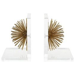 Contemporary Bookends by VaasuHomes