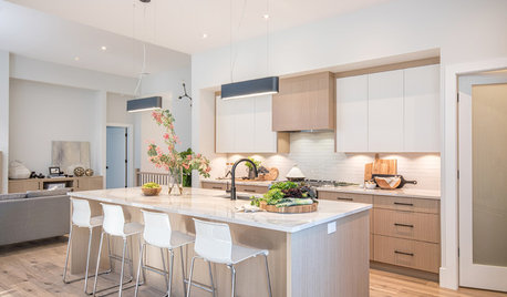 Kitchen of the Week: Contemporary Style in Warm Wood and White