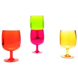 Modern Wine Glasses by zak!designs