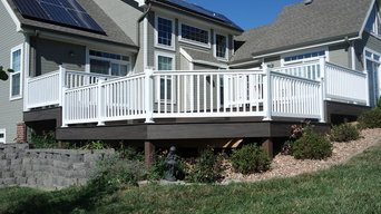 Ironwood DecKorator's Deck with White Americana Classic Picket Railing