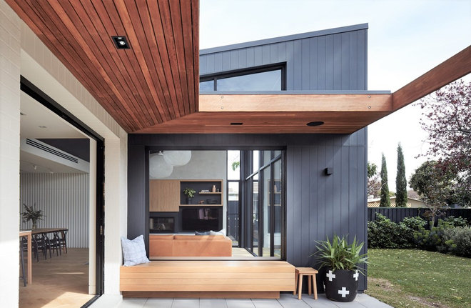 Contemporary by Rebecca Ryan Architect