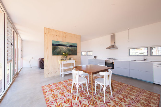 Contemporary  by MSG Architecture