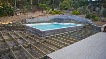 Terrasse en bois exotique cumaru avec piscine et jacuzzi