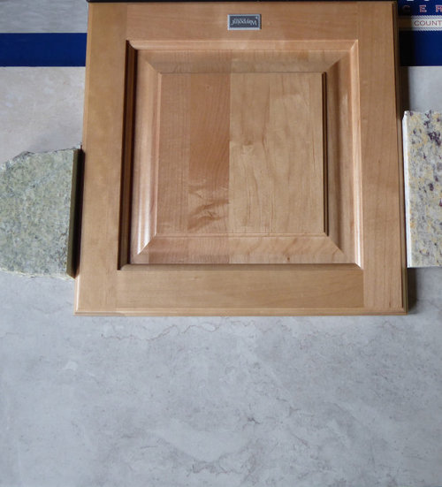 Light Maple Cabinets And Which Granite, Natural Maple Cabinets With White Granite Countertops