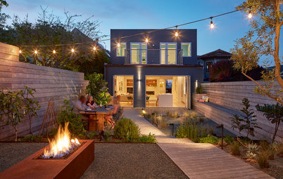 Houzz Tour: A Home Opens to the Outdoors