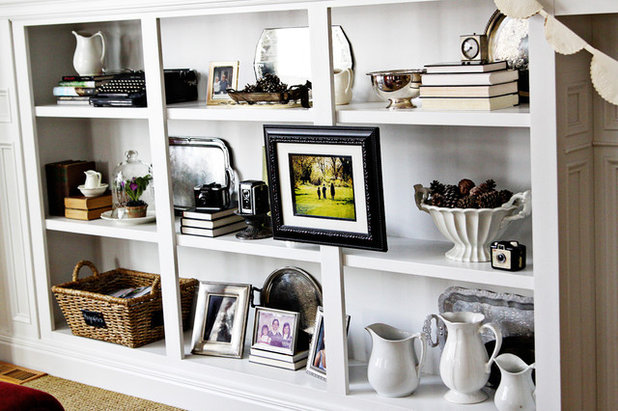 Handmade Home: How to Style Your Bookcase