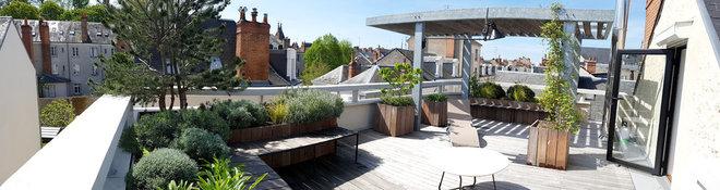 Terrasse en Bois by Les Mains de Jardin