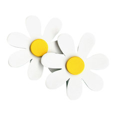 White Daisy Quilt Clips set of 2