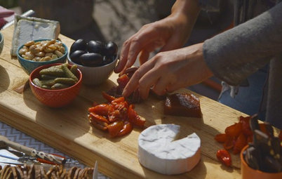 Houzz TV: How to Put Together a Delicious Cheese Platter