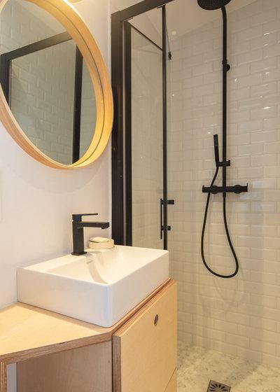 Ванная комната by LAUREN HAVEL Architecte
