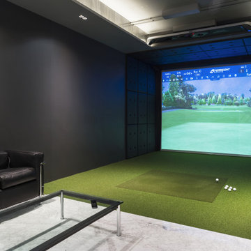 Golf simulator in this unit, easily converted into a home theater