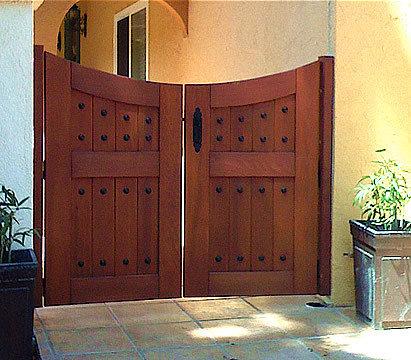 Hacienda Wood Gates   Home Fencing And Gates