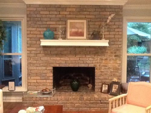 Brick Wall And Seating Under Fireplace Decor Kind Of Modern Mixed With Bits Traditonal Farmhouse Glitz Should I Get A Ger Floating Mantel