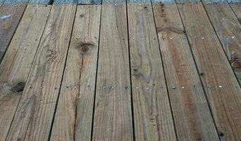 Before & After Deck Cleaning in Plymouth, MA