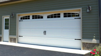 Standard garage doors with basic options