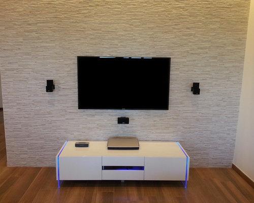Referenza 6 - Porta TV moderno laccato bianco con luci led