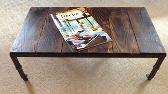 Table basse rustique sur roulettes / Rustic coffee table on wheels