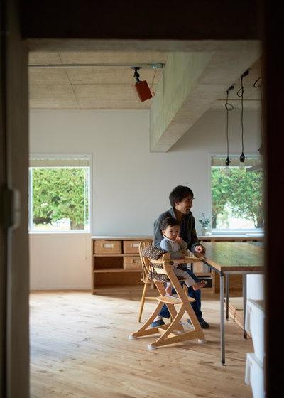 モダン  by 株式会社TENHACHI一級建築士事務所