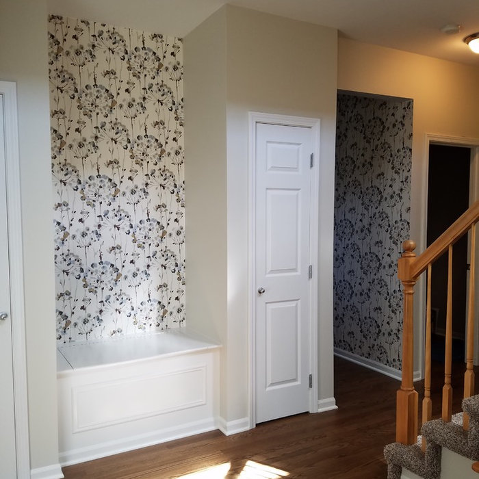 Wallpaper Install: Foyer & Kitchen Accents