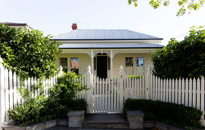 My Houzz: The Stylish Home Behind a White Picket Fence