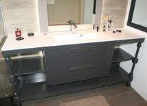 Vasque sur table de drapier