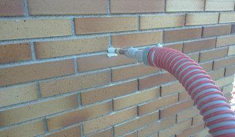 Aislamiento térmico en fachada de obra vista en viviendas construidas
