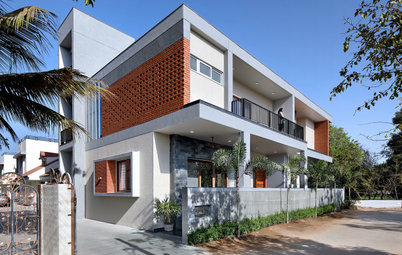 Gujarat Houzz: Vastu & Clever Design Make This Home Heat-Resistant