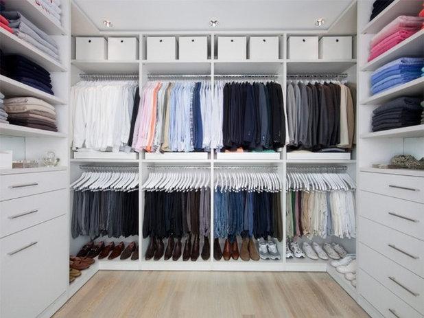 Modern Closet by California Closets Southdale