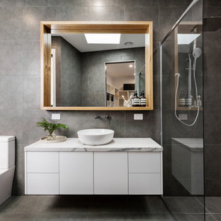 This is an example of a mid-sized contemporary bathroom in Sydney.
