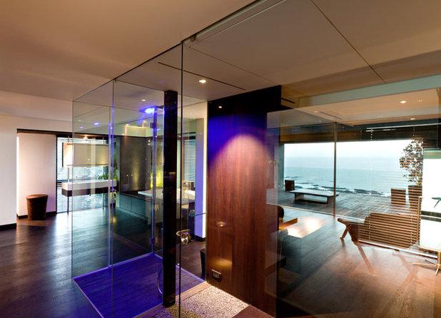 Moderno Stanza da Bagno by Abraham John ARCHITECTS