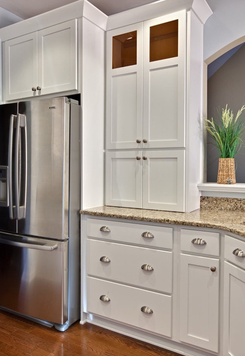 bar pulls for kitchen cabinets bin pulls and knobs vs bar pulls with shaker cabinets 7593