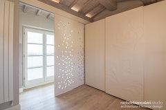 Soffitti In Legno Bianchi : Soffitto in legno bianco travi in legno bianche alcuni esempi