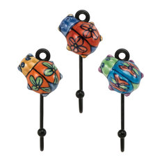 Traders and Company - Hand-Painted Ceramic Mini Ladybugs Wall Hooks, Mixed  Set of