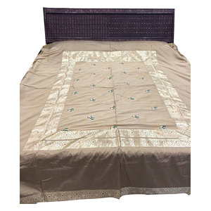 Mogul Interior - Indian Bedding Bedspread King Size, Beige, 5-Pieces - Quilts And Quilt Sets