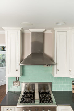 Crown Molding Around Exhaust Chimney Hood Yes Or No