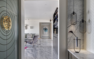 Pune Houzz: Marble and Monochrome Define This Home